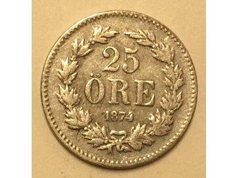 25 öre 1874 1 - Vikingstad - Kvalitén anges i rubriken men se också bilderna för din egen bedömning. - Vikingstad