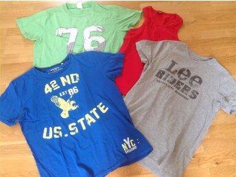 ** 3 t-shirts och ett linne ** strl. M/L ** Diesel, Lee mm - Borås - ** 3 t-shirts och ett linne ** strl. M/L ** Diesel, Lee mm - Borås