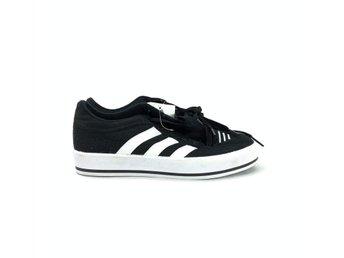 Sneakers, Adidas, stl 38, Svart (384395435) ᐈ Footly på Tradera