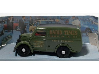 "Dinky DY-4 1950 Ford E83W 10 CWT Van ""Radio Times"""