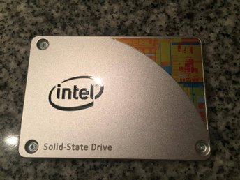 Intel SSD disk SATA 535 series 120 GB