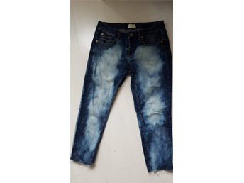 Jeans sommar Ginatricot storlek 28/30