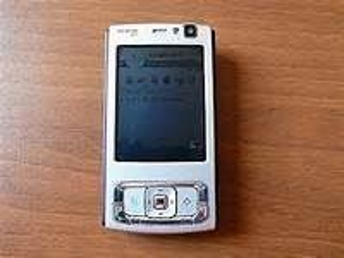 Nokia N95-4 8GB olåst telefon med 5MP kamera, 3G, Wi-Fi, GPS och Media Player - Göteborg - Nokia N95-4 8GB olåst telefon med 5MP kamera, 3G, Wi-Fi, GPS och Media Player - Göteborg
