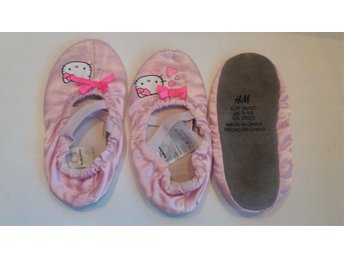 1par Hello Kitty mockasiner, strl 26-27 H&M
