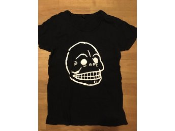 Cheap monday t-shirt, storlek s
