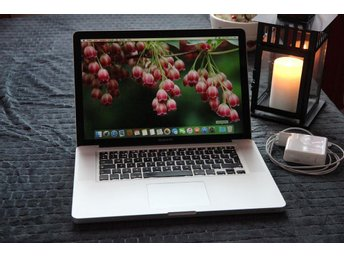 "Apple Macbook Pro 15"" Intel Core2 DUO - 8GB Minne"