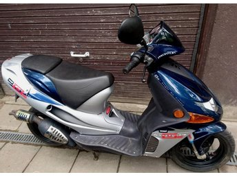 DERBI PREDATOR -30 moppe. OBS! ej EU-moped. End. 225 mil.