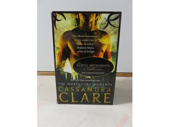 The Mortal Instruments - engelska City of bones, city of Ashes, city of glass