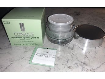 Clinique RepairWear Uplifting spf15 Firming cream Dry skin 50 ml OÖPPNAD