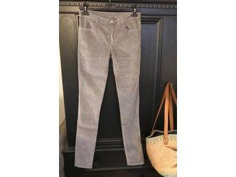1ef531cc6e2b Nya grå sammets jeans slim volcano braez bruuns bazaar XS trendSuperf
