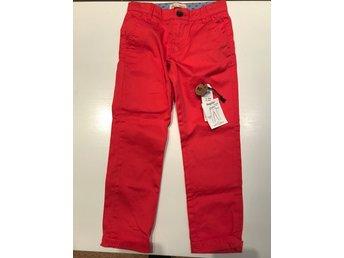 Röda byxor stl 130  från Ellos (329737037) ᐈ Köp på Tradera ef9b3760515c9