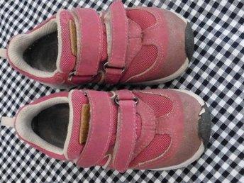 Kavat Sneaker i 25 fina flickskor sneaker storlek 25 skor till tjej - Mariannelund - Kavat Sneaker i 25 fina flickskor sneaker storlek 25 skor till tjej - Mariannelund