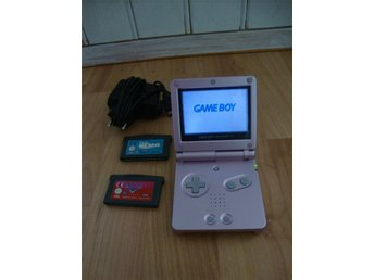 Game Boy Advance Modell AGS-001 med laddare och 2 spel