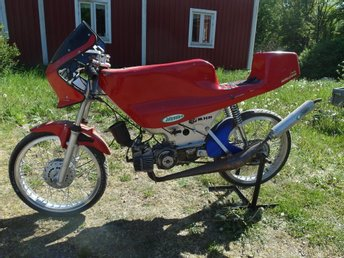 Puch Maxi racing moppe