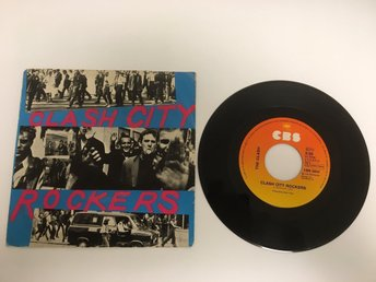 THE CLASH / CLASH CITY ROCKERS / JAIL GUITAR DOORS / VINYL SINGEL FRÅN 1978.