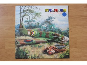 LP. Vinyl. Hurriganes. Stranded in the jungle