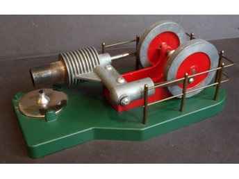 Stirling Cycle Engine - unik fungerande modell av Stirlingmotor