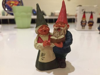 Classic Gnomes Mary and Michael