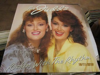 THE JUDDS - ROCKIN WITH THE RHYTHM - LP