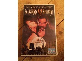 Film-en vampyr i brooklyn - Hölö - Film-en vampyr i brooklyn - Hölö