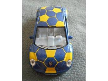 Volkswagen New Beetle, skala 1/32, dra-bakåt-funktion så åker bilen framåt - Bangkok - Volkswagen New Beetle, skala 1/32, dra-bakåt-funktion så åker bilen framåt - Bangkok