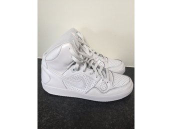 Sneakers NIKE force vit 40,5 fint skick