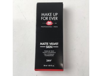 Make up for ever, Foundation