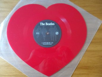 Beatles: Love me do/ P.S. I love you. Hjärtformad vinyl!  Mischief, UK 2013