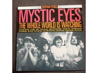 """Javascript är inaktiverat. - Skövde - Vinyl-LP med MYSTIC EYES - """"The Whole World Is Watching"""" Skick vinyl : VG Skick omslag : VG Info : """"a clash of dylan,a bit of byrds,and a roll of stones"""" som de själva beskriver sig !! [Plattan är från min egen tills nu orörda samling,har st - Skövde"""