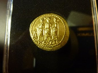 Brutus Julius Caesar Roman Assassin 44BC Ancient Greek GOLD Coin