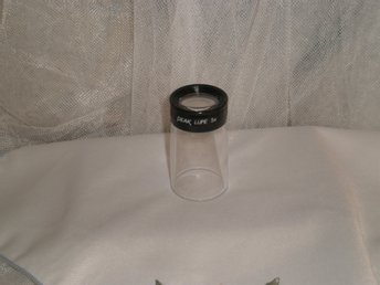 FÖRSTORNINGSGLAS LUPP PEAK OPTICS 1960 LUPE 5x MADE IN JAPAN FAST FOKUS LINS