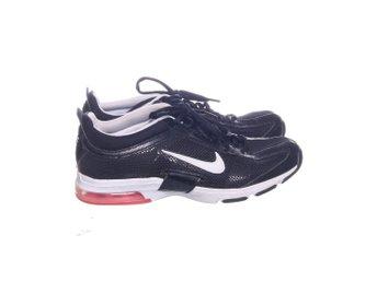 newest edc93 cca51 Nike, Träningsskor, Strl  40,5, Air Max, Svart Vit