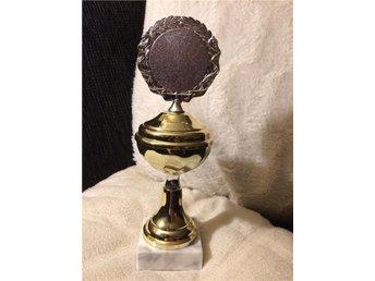 pokal pris trofé guld på marmorsockel 21 cm - Mora - pokal pris trofé guld på marmorsockel 21 cm - Mora