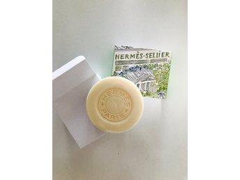 HERMÈS perfumed soap - UN JARDIN SUR LE TOIT - Malmö - HERMÈS perfumed soap - UN JARDIN SUR LE TOIT - Malmö