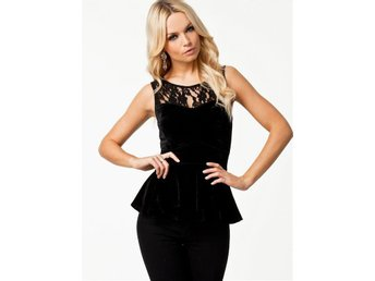 ONLY Blondy Peplum Top Nelly Svart Spets Sammet - Väddö - ONLY Blondy Peplum Top Nelly Svart Spets Sammet - Väddö