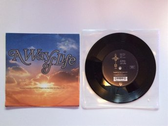 "A way of life - Trippin' on your love 7"" 1990"