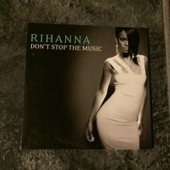 RIHANNA - DON´T STOP THE MUSIC. (CDs)