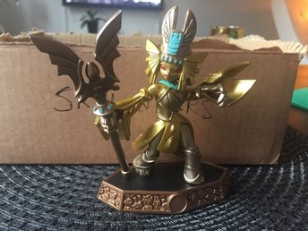 Skylanders golden queen