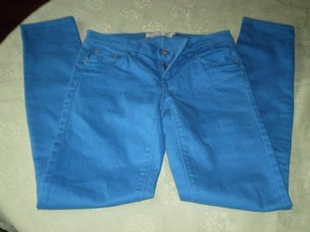 Perfect Jeans Gina Tricot, Jeans, Strl: 24, CHLOE, Blå