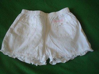 Shorts stl 122 H&M vita bomulls shorts NYSKICK spets - Stockholm - Shorts stl 122 H&M vita bomulls shorts NYSKICK spets - Stockholm