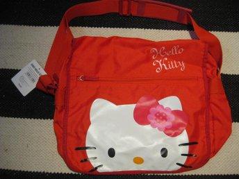 Väska Axelväska - Hello Kitty HK 40x30 cm Röd NY - Uddevalla - Väska Axelväska - Hello Kitty HK 40x30 cm Röd NY - Uddevalla