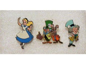 3s t mindre pin Disney Askungen,Mr hatt,kanin. I mycket fint skick. mina enda. - örebro - 3s t mindre pin Disney Askungen,Mr hatt,kanin. I mycket fint skick. mina enda. - örebro