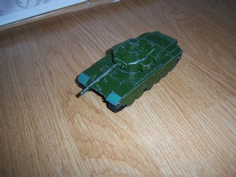 Tank Dinky Supper Toys