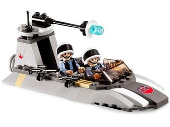 Rebel Scout Speeder  - LEGO set 7668-1