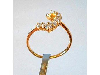 9 k gult guldfylld ring med cubic zirkonia, strl ca 18 - Märsta - 9 k gult guldfylld ring med cubic zirkonia, strl ca 18 - Märsta