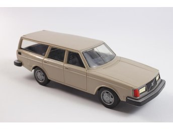 Volvo 245 GL - made in Finland