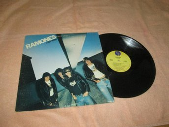 RAMONES LEAVE HOME  UDDA