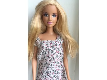 Fin Barbie docka