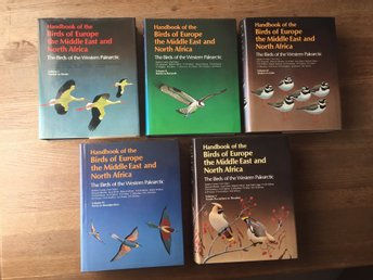 Handbook of the Birds of Europe the Middle East and North Africa, 7000 pages!