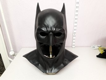 Detaljrik batman cowl mask